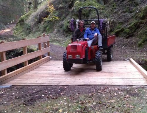 Ricostruito il ponte del sentiero tra Caoria a Anterivo con la collaborazione del comune